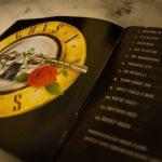Cara B: Guns N' Roses