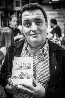 Manuel Enriquez, escritor, foto Rubén G. Herrera