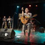 Raúl Rodríguez electrifica las raíces de Sala Guirigai