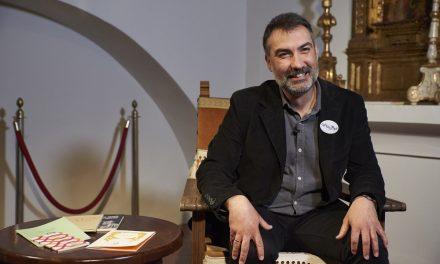 José María Cumbreño: «Estamos hablando de poesía ¿eh? ¡Aquí nunca va a haber masas!»